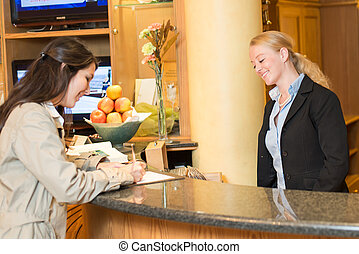 hôtel, femme, jeune, réception