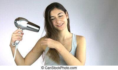 hairfrying, fille souriant, heureux