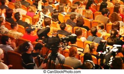 hall., enregistrer, spectateurs, 28, interprètes, kvn, populaire, revue, tv-shows, -, une, russe, la plupart, audience, 28:, nombres, pendant, russia., mars, 2008, moscou