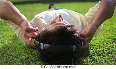 herbe, paisible, musique, quoique, mensonge, homme, écoute