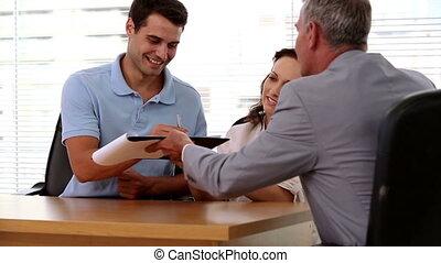 heureux, clients, contrat, signer