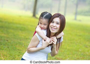 heureux, fille, asiatique, mère