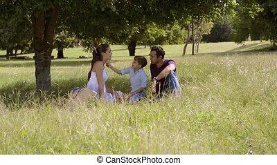 heureux, parents, famille, fils