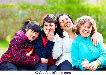 heureux, printemps, groupe, avoir, femmes, parc, amusement, incapacité