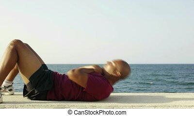 hispanique, jeune homme, abs, exercisme