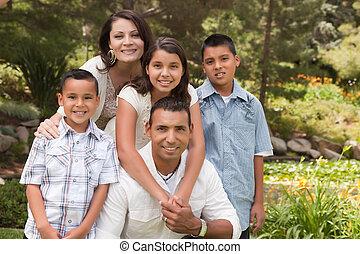 hispanique, parc, famille, heureux