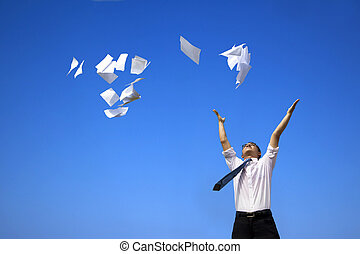 homme affaires, ciel, blanc, lancement, bleu, papiers, délassant
