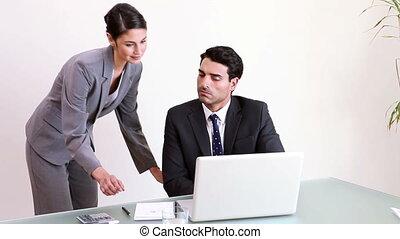 homme affaires, fonctionnement, sien, secrétaire