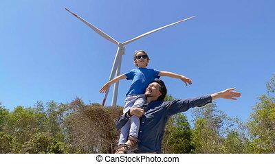 homme, concept, environment., visite, prise vue., energetics, fils, vent, semidesert, ferme, slowmotion, jeune, turbine, sien