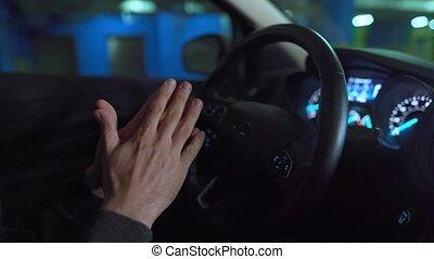 homme, innovateur, automatisé, voiture, autopilot, lot, stationnement, conduite, self-parking, utilisation