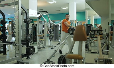homme, jeune, exercice, barre disques