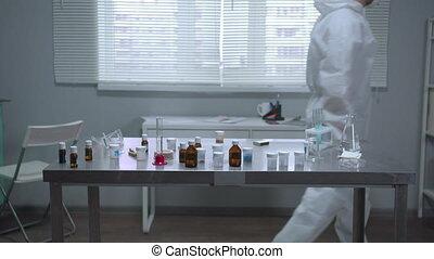 homme masque, protecteur, travail laboratoire, workwear