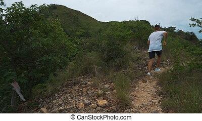 homme montagne, course, dehors