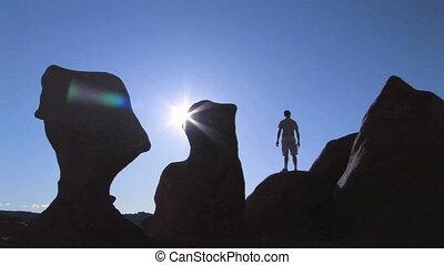 homme, silhouette, rocher
