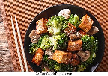 horizontal, champignons, végétarien, tofu, sésame, fry:, brocoli, closeup., remuer, vue dessus
