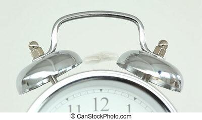 horloge, sonner