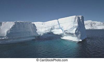 iceberg, aérien, flight., bourdon, antarctique