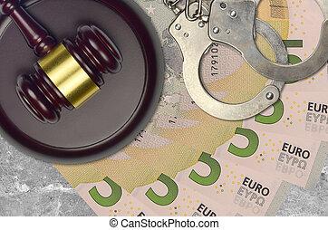impôt, action éviter, procès, desk., marteau, tribunal, police, juge, 5, judiciaire, euro, menottes, factures, concept, ou, bribery.