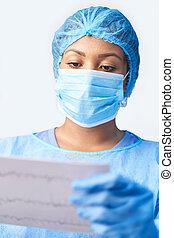 impression, masque, dehors, tenue, femme, porter, chirurgien, robe, monde médical