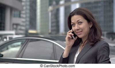 indépendant, femme, téléphone, mobile, conversation, complet