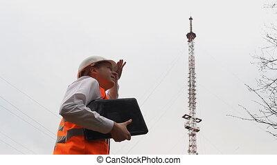 ingénieur, ordinateur portable, il, radio, va, tour, homme, inspecteur, inspecte