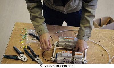 insertions, fils, électrique, fusibles, connecter, professionnel, automatique