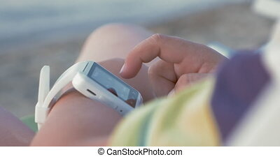 intelligent, enfant, main, montre