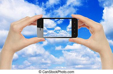 intelligent, prise, femme, mains, ciel, téléphone