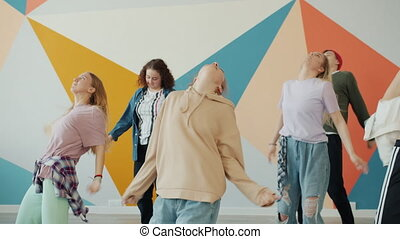 interprètes, pratiquer, danse, regarder, jeune, répéter, mouvements, prof, formation