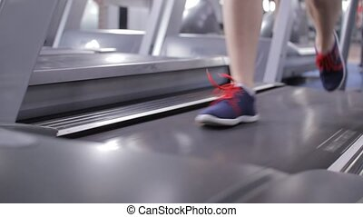jambes, gymnase, jeune, courant, tapis roulant, girl, fort