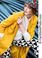 jaune, manteau