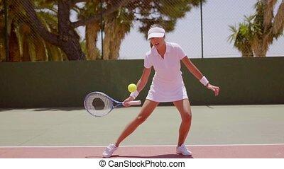 jeu tennis, femme, jeune, jouer