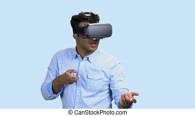 jeune, glasses., porter, virtuel, homme, réalité