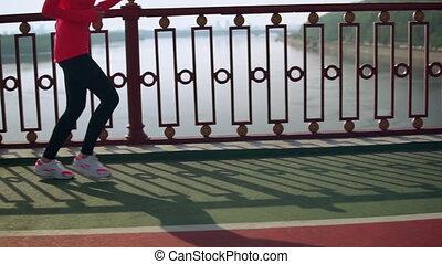jogging, femme, dehors