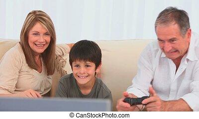 jouer jeux vidéos, famille