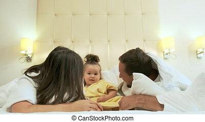 jouer, lit, famille