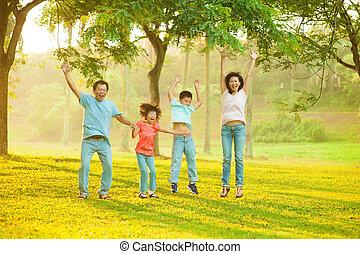 joyeux, famille, asiatique