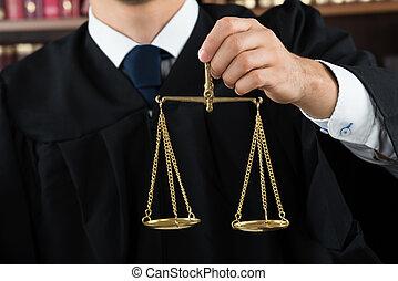 juge, balance justice, tenue