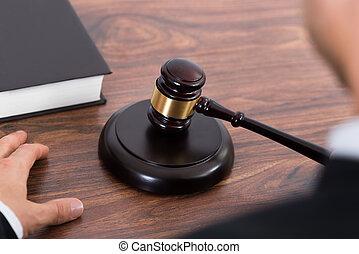juge, frapper, maillet, bureau