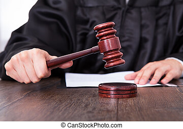 juge, tenue, maillet