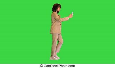 key., écran, vert, appeler, noir, chroma, girl, vidéo, millennial, marche, quoique, confection