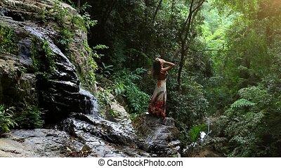 koh, femme, jeune, chute eau, thailand., jungle, mains, hd., ascensions, samui., 1920x1080
