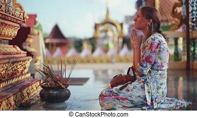 koh, femme, prie, genoux, laem., jeune, religion, plai, complexe, venir, wat, temple, 1920x1080, samui