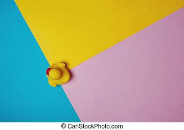 lay., concept., bain, fyellow, canard, jaune, arrière-plan., bleu, rose, caoutchouc, plat, espace copy