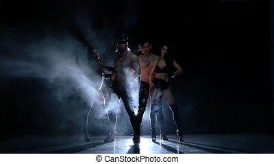 lent, dancer., club, mouvement, hommes, strip-tease, fumée, nuit, woman., fort