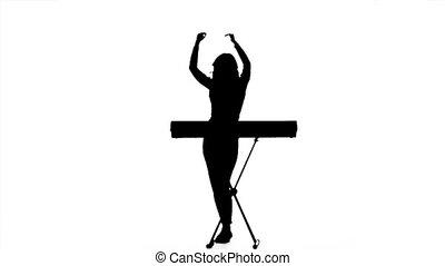 lent, dj, keyboards., silhouette., mouvement, girl, électronique, jouer