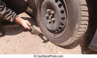 lent, voiture, mouvement, roues, réparation