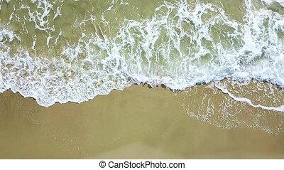 lent, vue aérienne, mouvement, plage., mer, vagues, briser, survey.