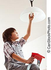 lightbulb, garçon, changer