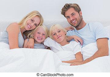 lit, portrait famille